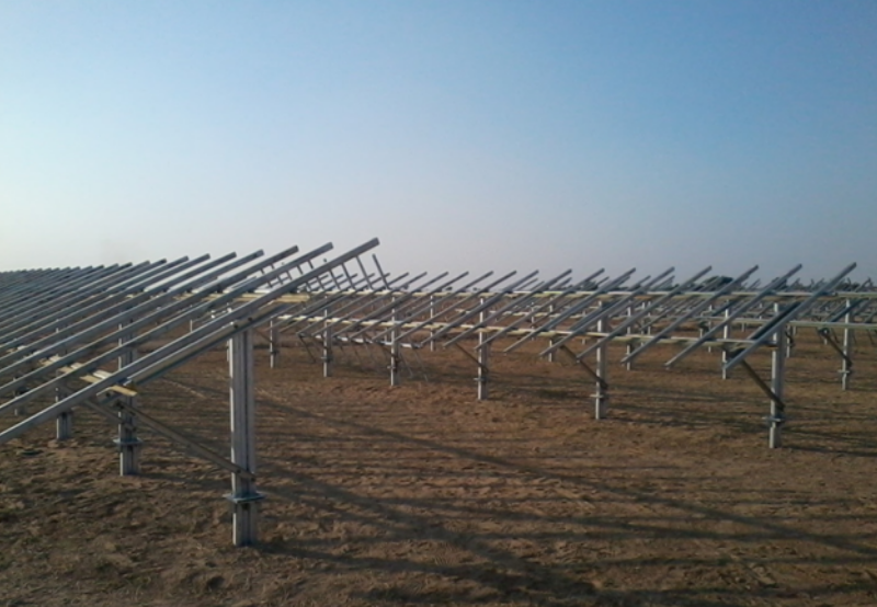 低关税推动开发商降低太阳能安装结构的成本和质量