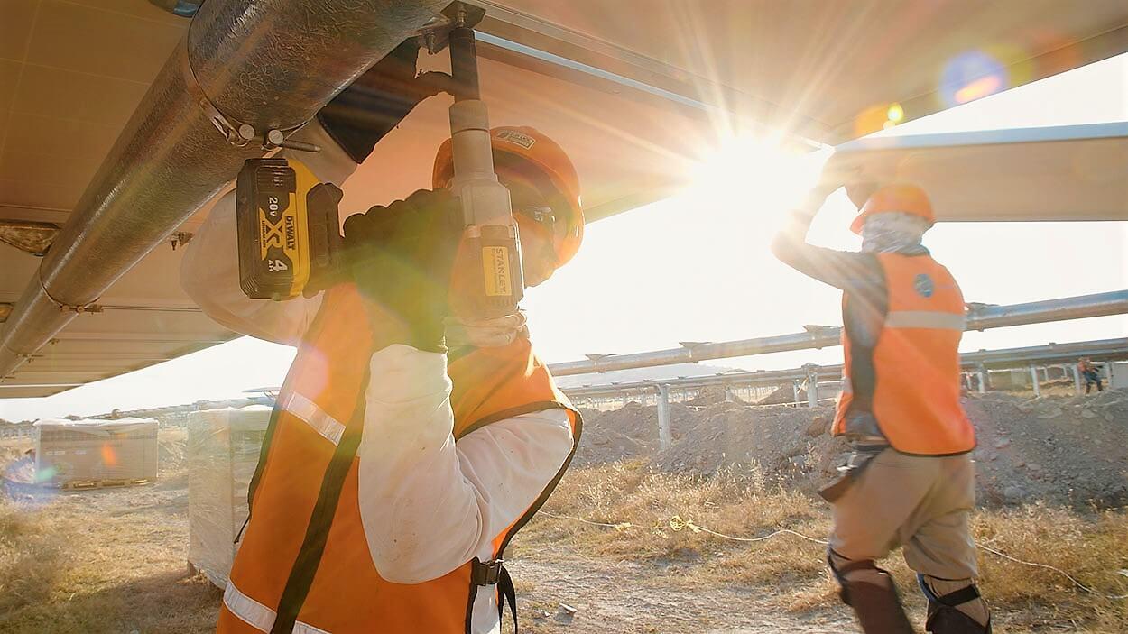 史丹利(STANLEY)和NEXTracker:共同实现大型太阳能工程安装工作节约