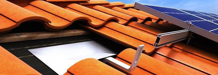 国外陶瓷瓦屋面光伏支架安装解析