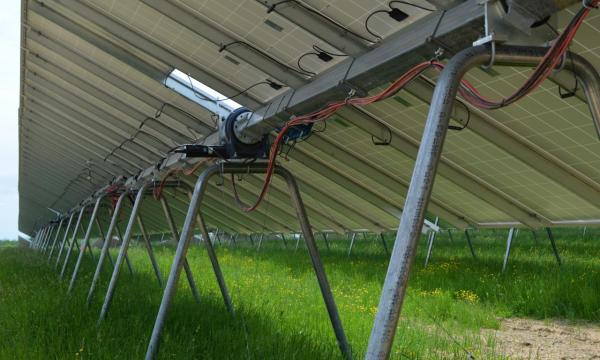 TERRATRAK 的五项优势 – SOLAR 首款基于地桩的太阳能跟踪器