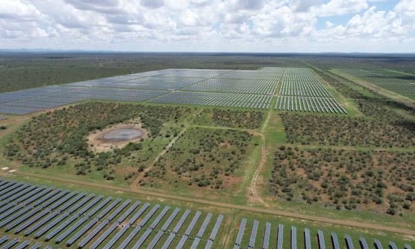 STI Norland 成为全球第五家太阳能追踪器供应商