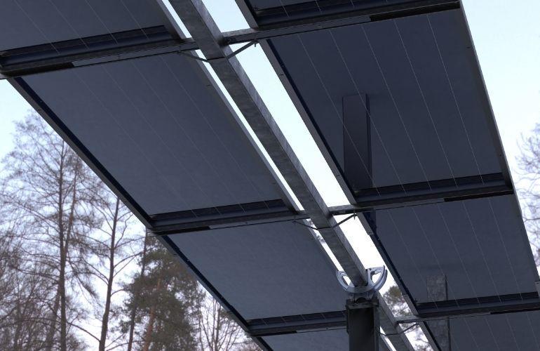 无背式太阳能跟踪器最大限度地提高双面项目的产量